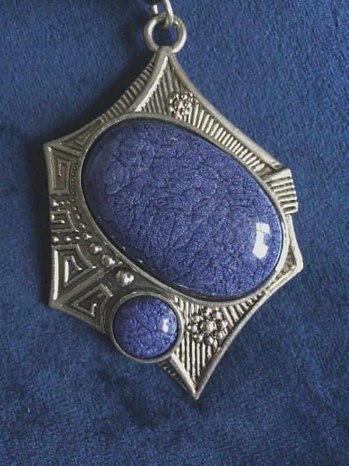 IlluminEssence-abstract-blue-pendant