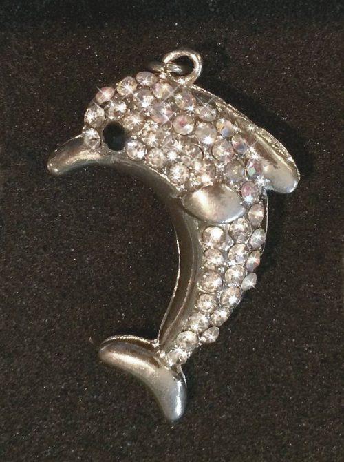 IlluminEssence diamante dolphin pendant